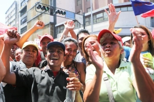 Venezuela resists U.S. coup: Massive outpouring for President Maduro