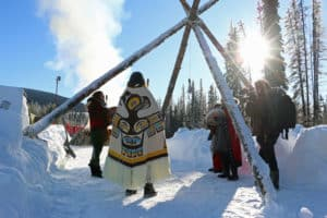RCMP arrive at Unist'ot'en camp in helicopters; leave without arrests